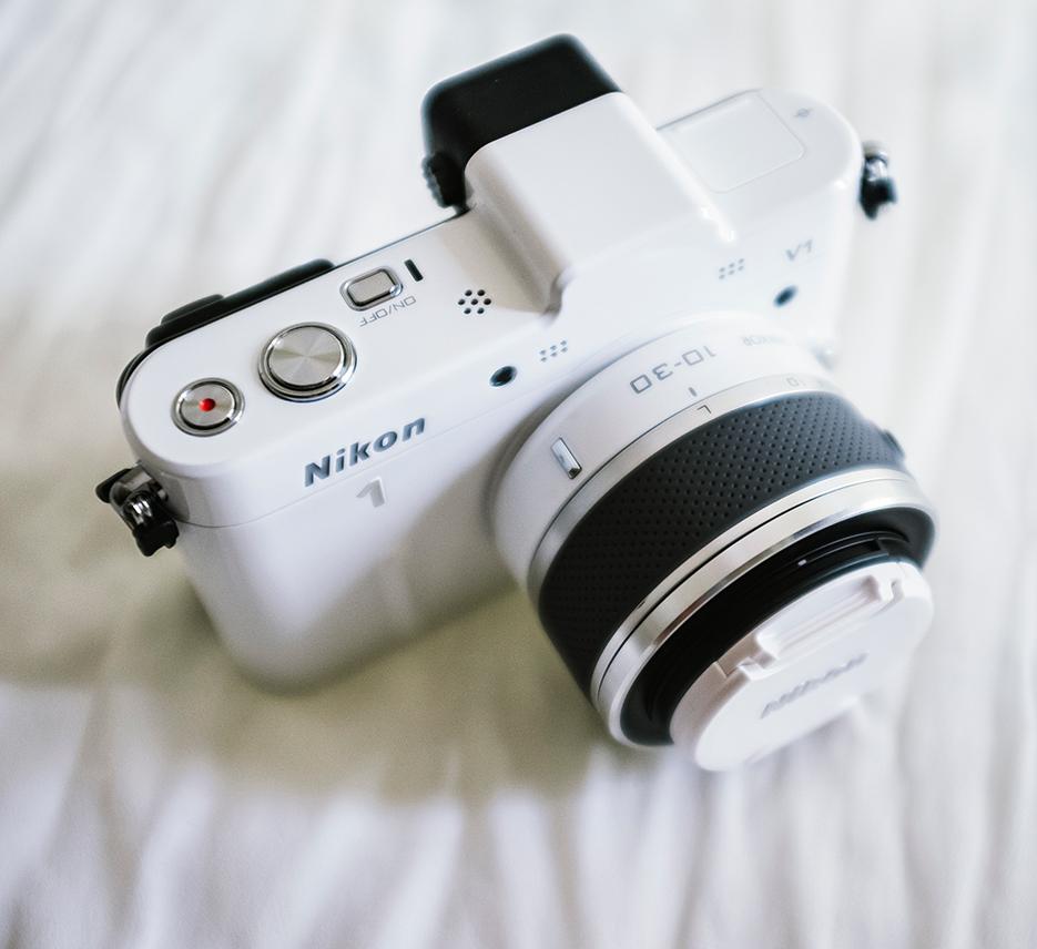 Nikon V1 Camera Review. Product photography. Nikon V1 Camera Review. Photography by professional Indian lifestyle photographer Naina Redhu of Naina.co