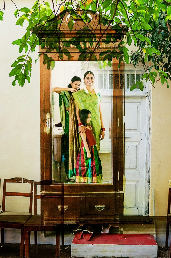 Indian wedding photographer : photography by Naina and Knottytales | Anuradha : Mehendi, Haldi, Pradhanam