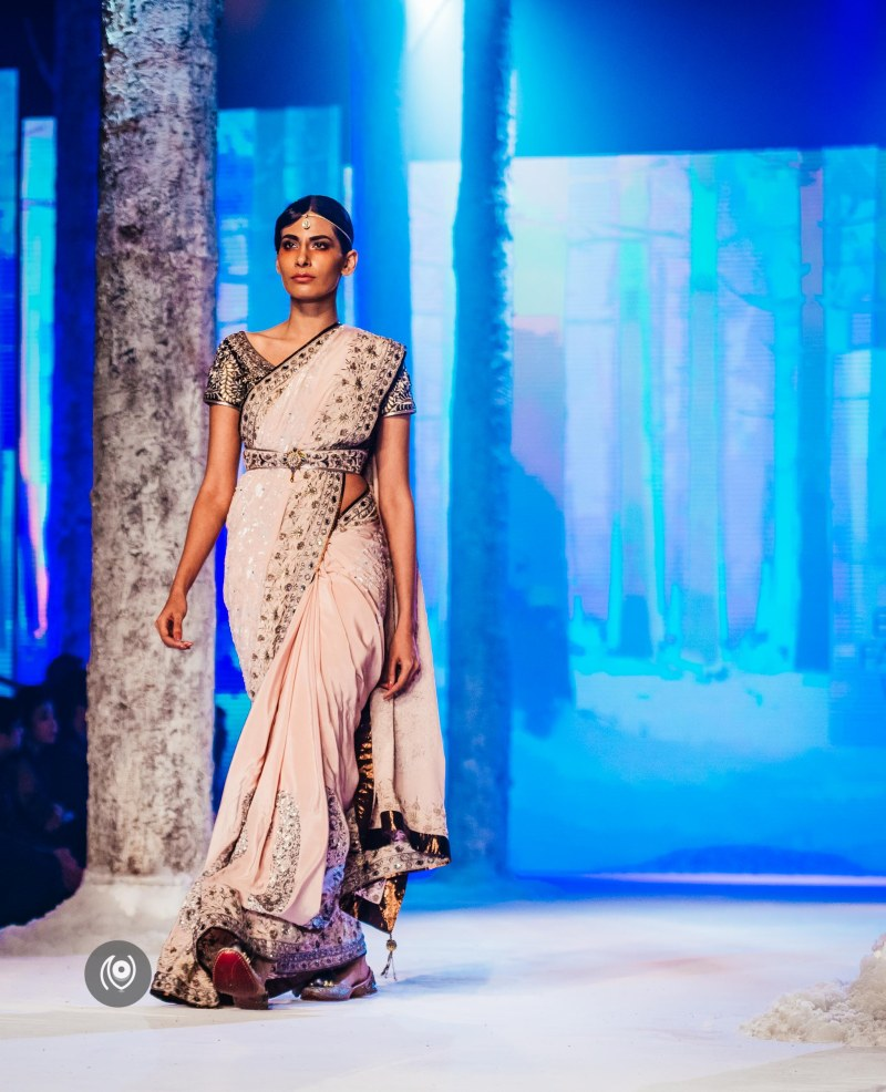 #SwarovskiCrystals JJ Valaya,, BMW India Bridal Fashion Week, #BMWIBFW, Naina.co Luxury & Lifestyle, Photographer Storyteller, Blogger.
