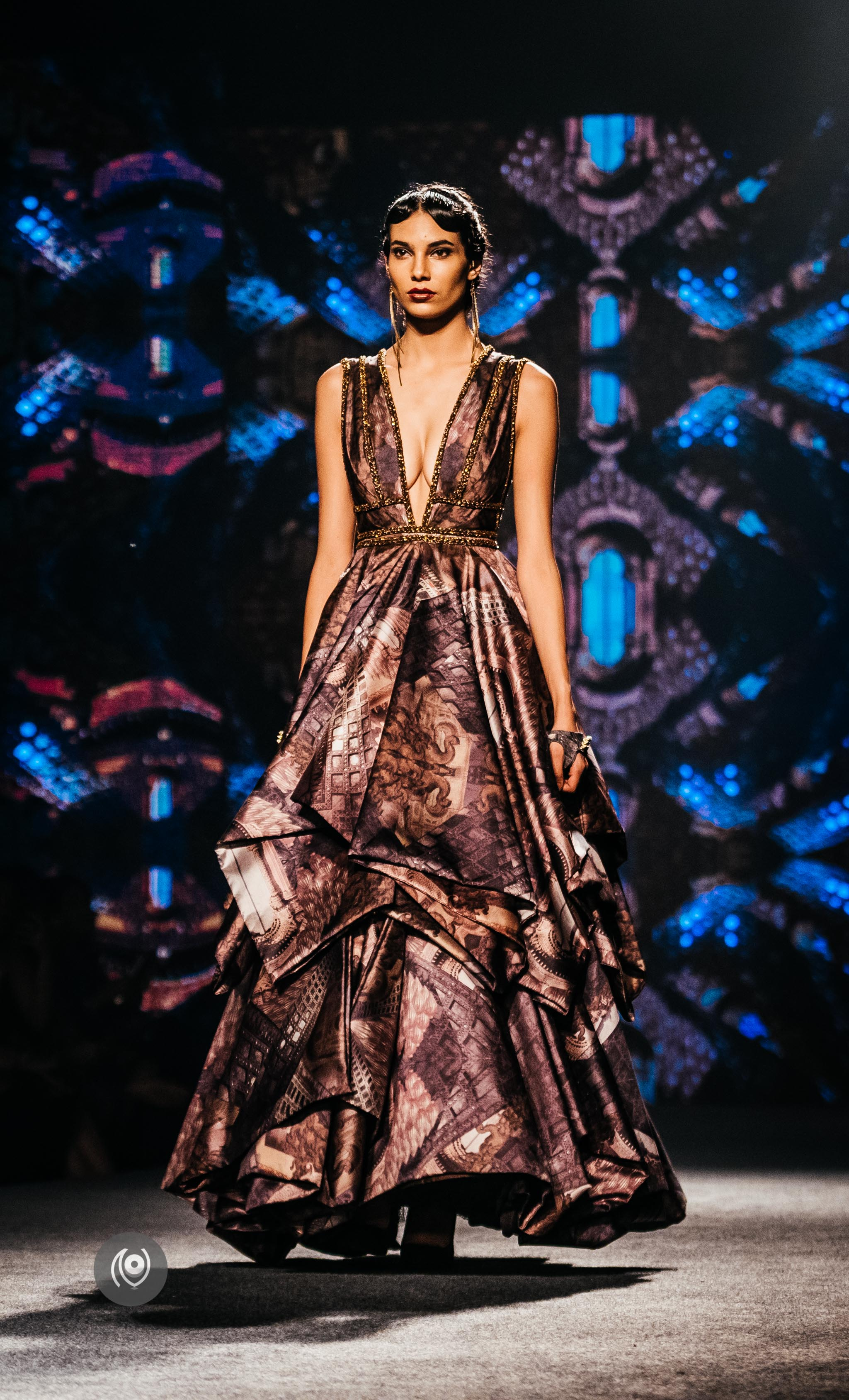 #SwarovskiCrystals Shantanu and Nikhil,, BMW India Bridal Fashion Week, #BMWIBFW, Naina.co Luxury & Lifestyle, Photographer Storyteller, Blogger.