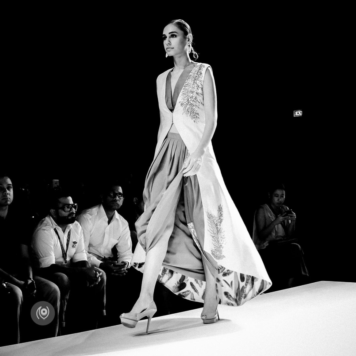 Kommal Sood, Amazon India Fashion Week Spring Summer 2016 #AIFWSS16 #EyesForFashion Naina.co Luxury & Lifestyle, Photographer Storyteller, Blogger