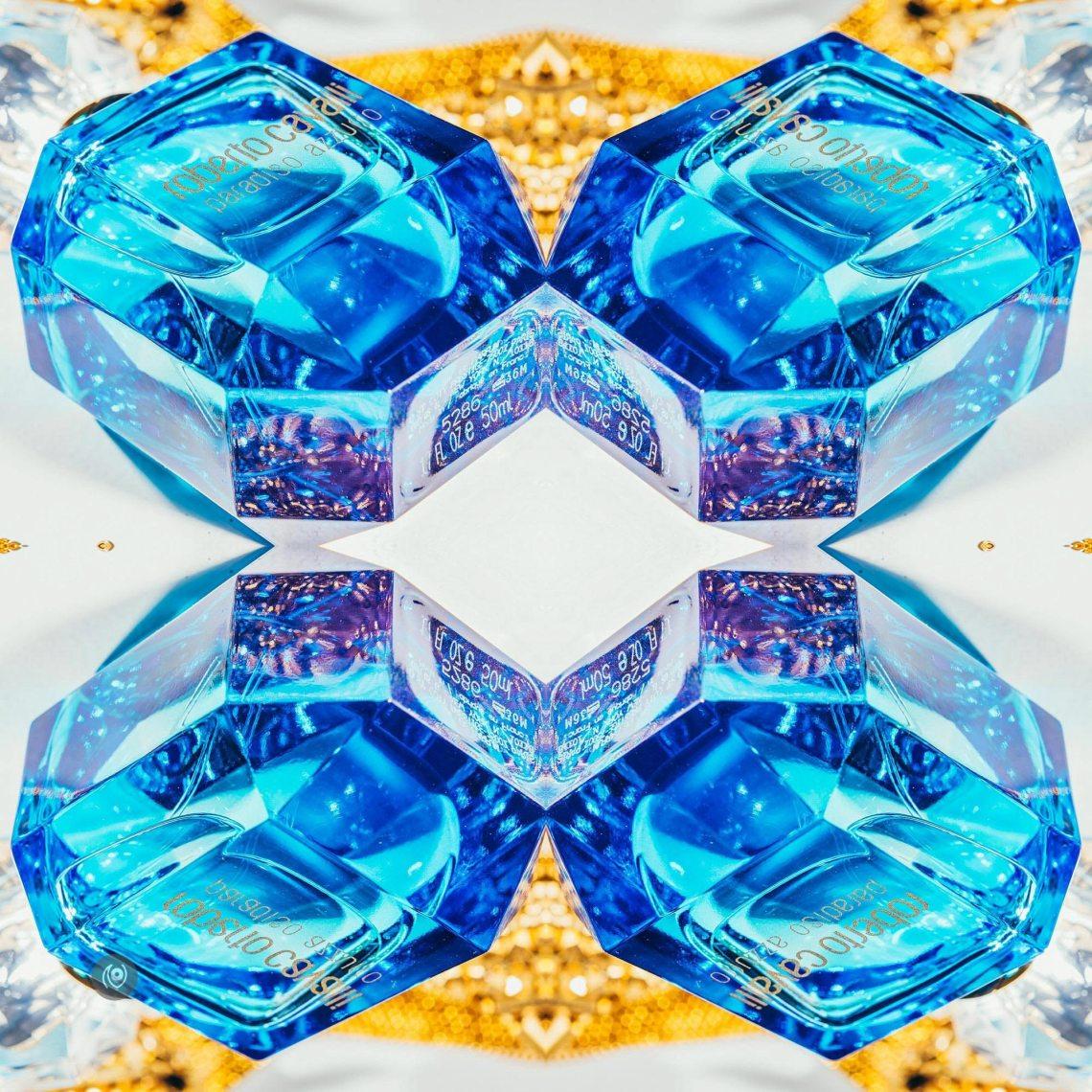 Naina.co, Visual Storyteller, Luxury Brands, Naina Redhu, Professional Photographer, Experience Collector, Luxury Photographer, Luxury Blogger, Lifestyle, Visual Storyteller for Luxury Brands, Parfumier, Unisex, Fragrance, Perfume, Scent, #FragranceOfTheMonth, FragranceOfTheMonth, Fragrance Of The Month, Roberto Cavalli, Paradiso Azzurro, Ocean, Beach, Blue, Gold, Azure, Water, Mediterranean, Lousie Turner, Eva Maria Duringer