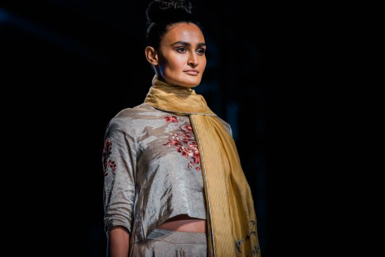 Naina Redhu, Naina.co, Pratima Pandey, Fashion Designer, FDCI, Lotus MakeUp India Fashion Week Spring Summer 2019, LMIFWSS19, LMIFW, India Fashion Week, Fashion Week Delhi, MadeInIndia, Made In India, EyesForFashion, Professional Photographer, Blogger, Fashion Photographer, Lifestyle Photographer, Luxury Photographer, Delhi Photographer, Gurgaon Photographer, Delhi Blogger, Gurgaon Blogger, Indian Blogger