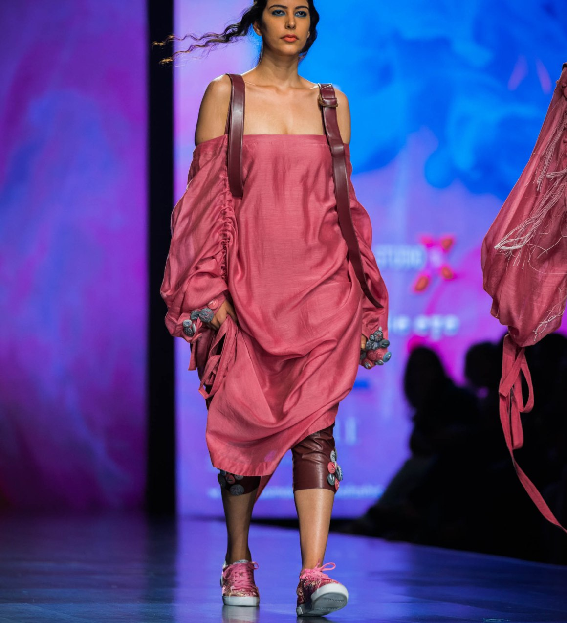 Naina Redhu, Naina.co, Diksha Khanna, Fashion Designer, FDCI, Lotus MakeUp India Fashion Week Spring Summer 2019, LMIFWSS19, LMIFW, India Fashion Week, Fashion Week Delhi, MadeInIndia, Made In India, EyesForFashion, Professional Photographer, Blogger, Fashion Photographer, Lifestyle Photographer, Luxury Photographer, Delhi Photographer, Gurgaon Photographer, Delhi Blogger, Gurgaon Blogger, Indian Blogger