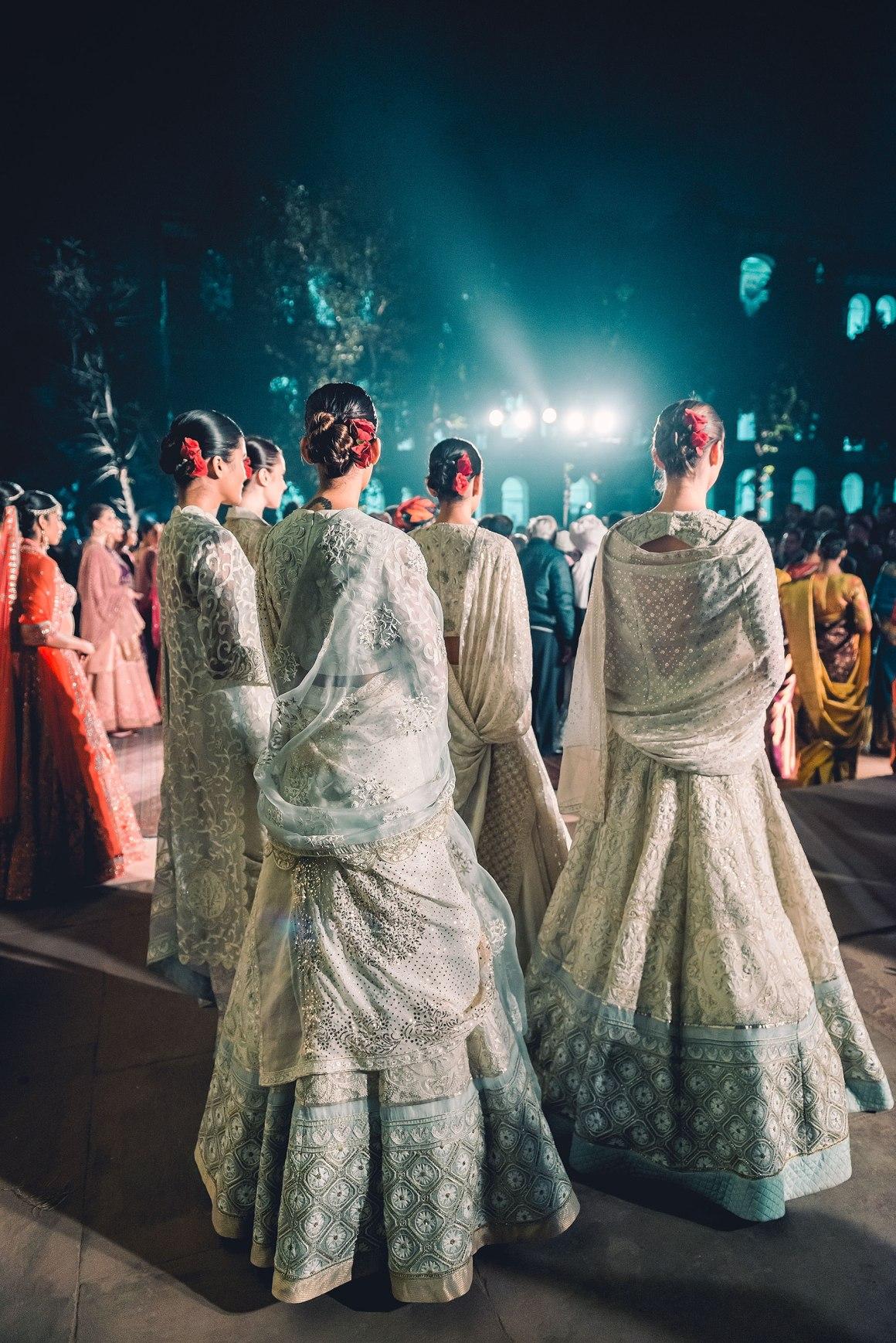 Naina.co, Naina, Naina Redhu, Professional Photographer, Naina Photographer, Rahul Mishra, Fashion Designer, EyesForFashion, MadeInIndia, Ministry of Textiles, Red Fort, Lal Quila, Lal Qila, Runway, Heritage Building, Fashion Design Council of India, FDCI, Ministry of Culture, Archaeological Survey of India, Indian Textiles, Indian Fabric, Indian Weavers, Chikankari, White, Off White, Pastel, Indian Wear, Photo Blogger, Lifestyle Blogger, Lifestyle Photographer, Fashion Photographer, New Delhi