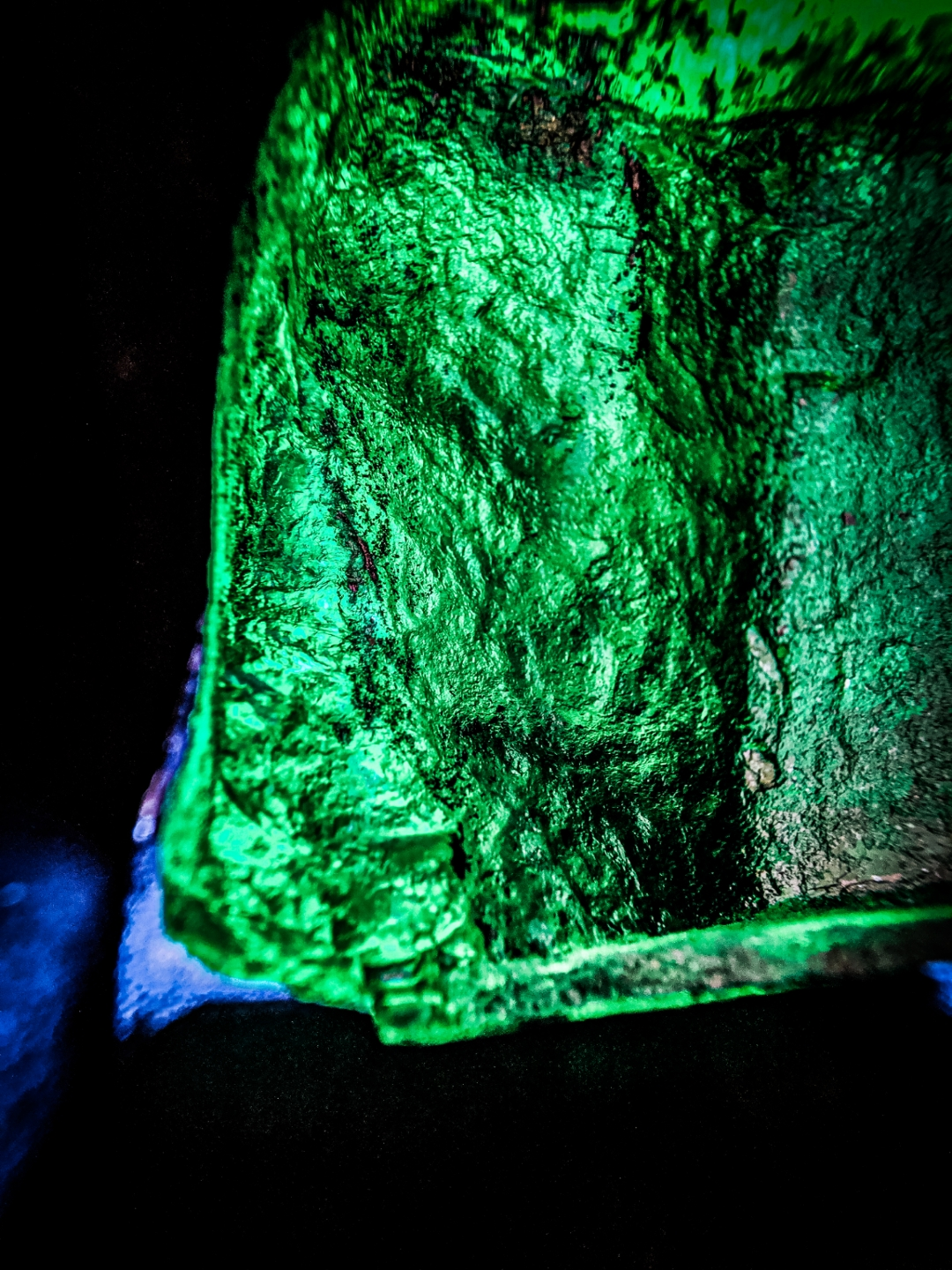 emerald, inkalamu, lion emerald, inkalamu emerald, gemfields, diacolor, dlf emporio, eyesforluxury, luxury photographer, luxury blogger, luxury writer india, lifestyle photographer, lifestyle blogger, naina redhu, naina, naina.co, zambian emerald, high commissioner, zambia, kagem mine, emerald mine, eyes for luxury