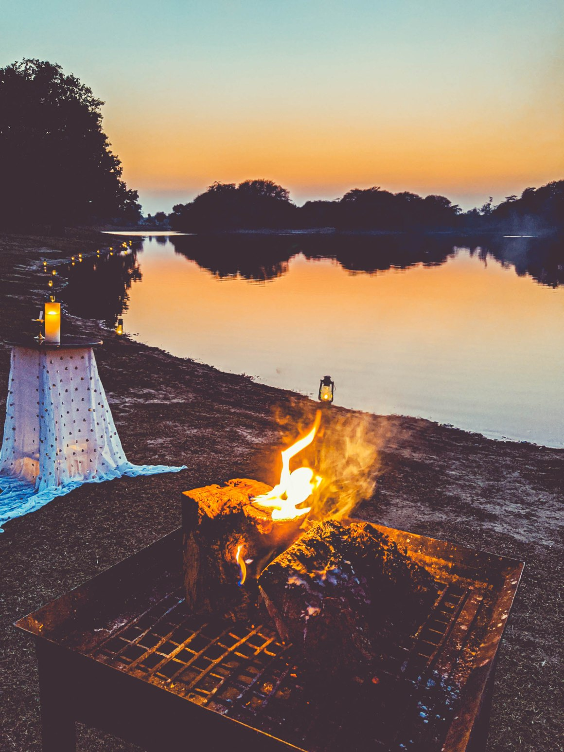 naina.co, naina redhu, narendra bhawan bikaner, siddharth yadav, karan vaid singh, narendra bhawan, bikaner, rajasthan, eyesforrajasthan, new year eve, new years, new year 2020, 40and10in2020, home, heart, hearth, friendship, friends, bharat, travel, eyesfordestinations, india, eyesforindia, vacation, year end, travel photographer, travel blogger, india room, indian hotel, bikaner hotel, exceptional hospitality, turning 40
