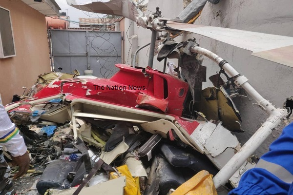 Some residents of Salvation Road in Opebi area of Ikeja, Lagos have expressed shock over the crash of a helicopter into a building, thanking God for saving their lives. The residents, who spoke to the News Agency of Nigeria at the scene of the incident on Friday called for proper maintenance of aircraft before flying. […]