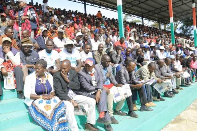 Angry Waiguru and Ngilu Lead heckling and ejecting MP from stage at Narok BBI. 1