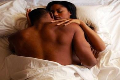 clande in bed