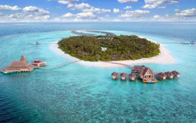 Naladhu Private Island Maldives 1 920x517 c default 640x400 1