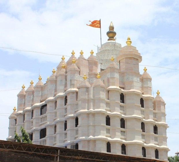 siddhivinayak temple shrine dome mumbai