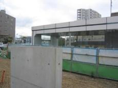 マンションのすぐ隣には地下鉄福住駅の乗場入口があります。