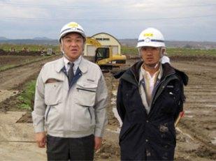 左から 中山社長、本田主任
