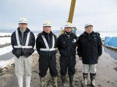 左から 廣木さん、佐藤さん、竹内さん、中山社長