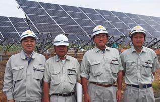 左より、中山社長、志田さん、岡本さん、菊池さん