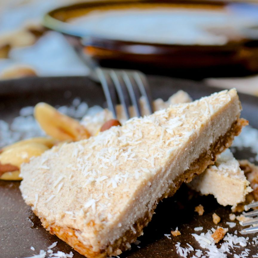 Cinnamon Toast Crunch Raw Pie- healthy version of the sugar laden cereal