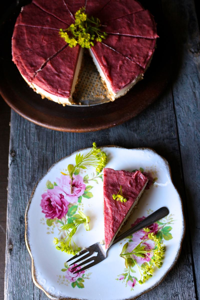 Roasted Rhubarb + Vanilla Cream Raw Pie