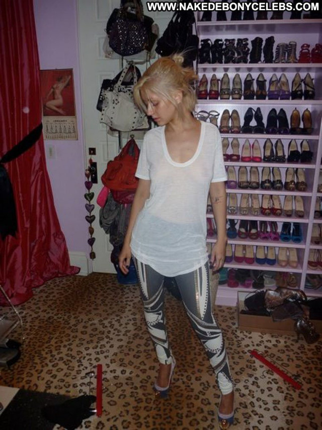 Christina Aguilera American Singer Celebrity Nude Babe Leaked Posing