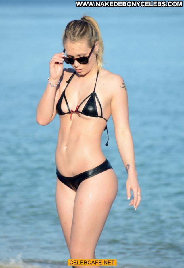 Dakota James Sex Babe Beautiful Posing Hot Candid Sexy Bikini Candids