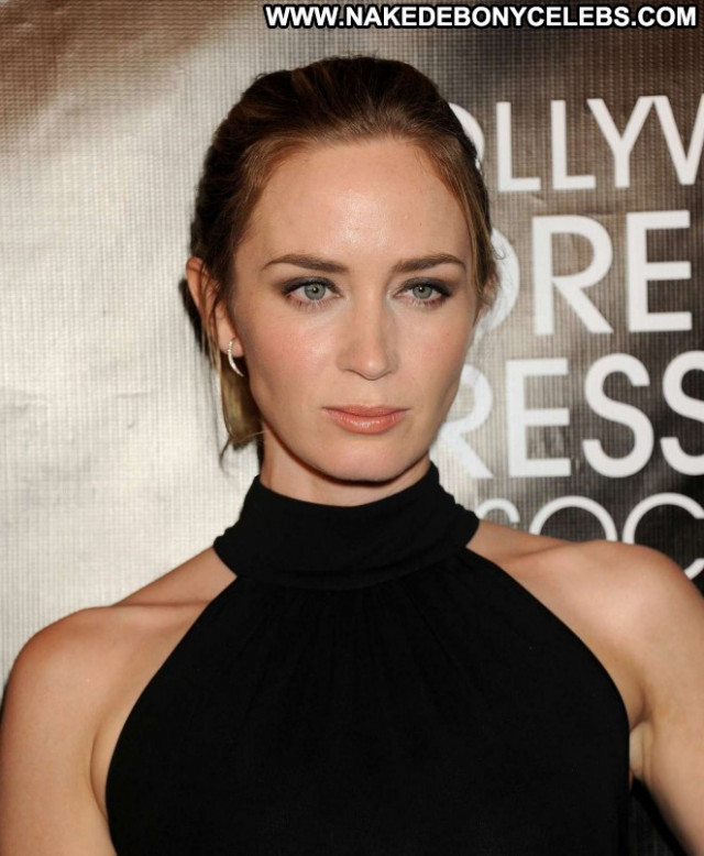 Emily Blunt Hollywood Foreign Press Posing Hot Celebrity Nyc Babe
