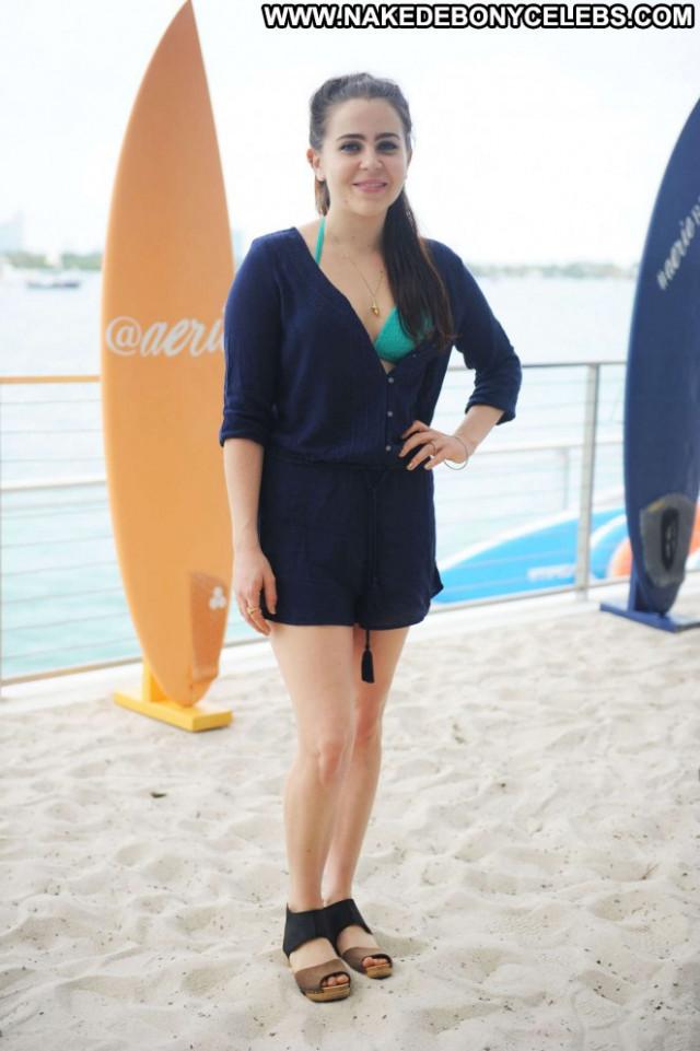Mae Whitman Miami Beach Babe Celebrity Posing Hot Beach Beautiful