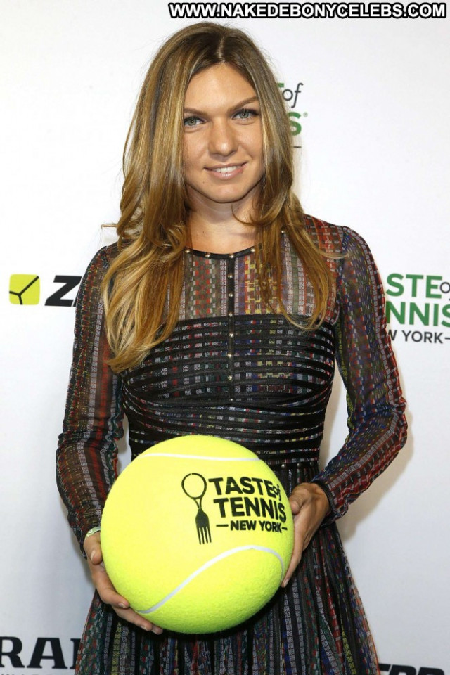 Simona Halep Celebrity Babe Tennis Paparazzi Posing Hot Nyc Beautiful