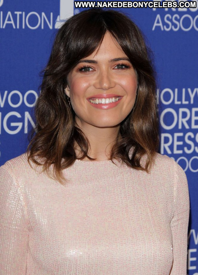 Mandy Moore Hollywood Foreign Press Los Angeles Babe Posing Hot