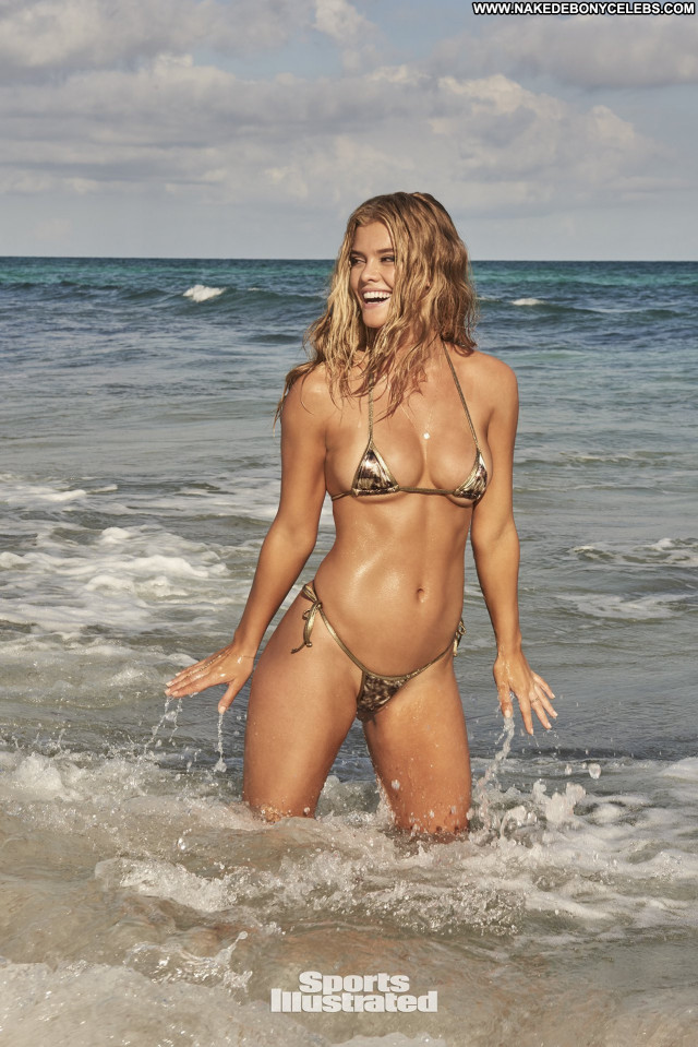 Nina Agdal Sports Illustrated Swimsuit Posing Hot Swimsuit Danish