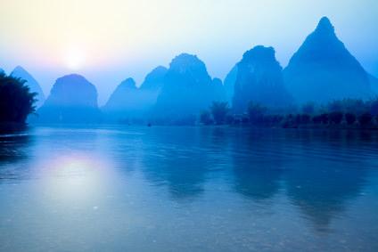 Sonnenaufgang: Yangshuo Guilin in China