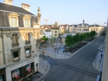 Blick aus dem Hotelfenster am frühen Morgen