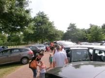 Gedränge auf dem Parkplatz