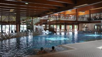 Therme Schwimmbad
