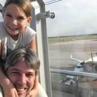 Mit Kind am Flughafen Bremen