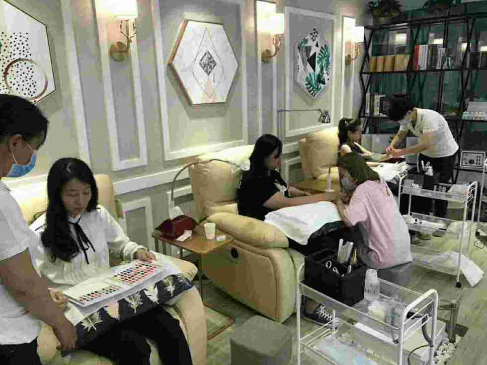Nail company that cannot be replaced
