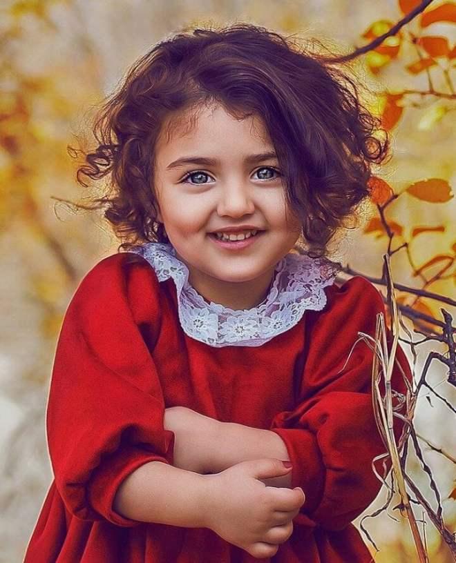 Anahita Hashemzadeh Wiki, Age, Biography, Country, Family & More