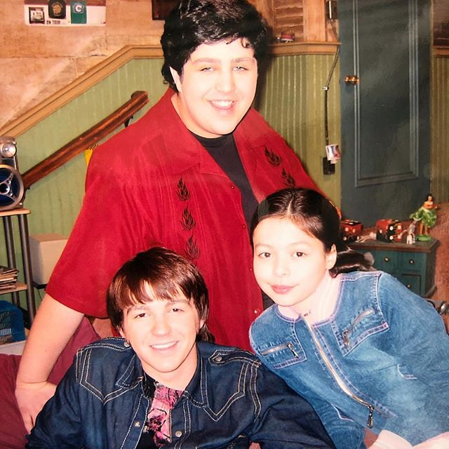Miranda Cosgrove childhood pictures