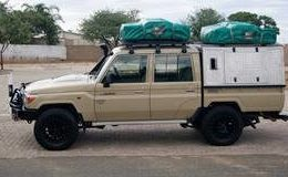 Group L79 – Land Cruiser 4×4 Double Cab with 2 tents