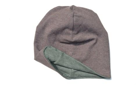Dvipusė trikotažinė kepurė