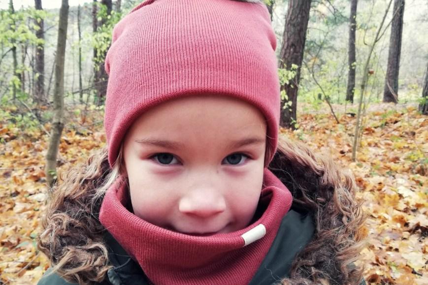 Paprasta mergaitiška rudens kepurė - Molio spalva