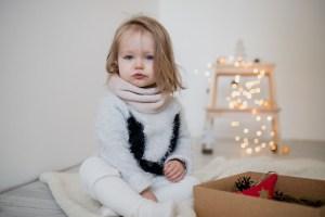 Šiltas mergaitiškas kaklo movas žiemai