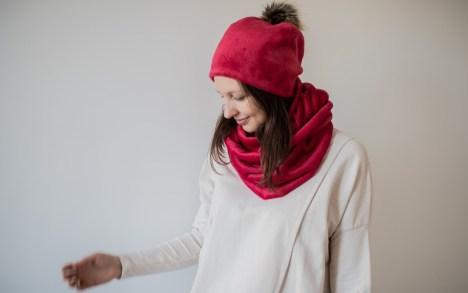 Šiltas raudonas šalikas apsuktukas - dvigubas movas