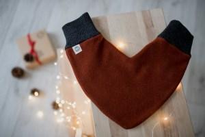 Meilės pirštinė – liepsna - Kalėdinė rankų darbo dovana merginai