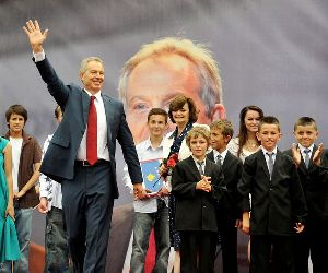 Tony Blair in Kosovo, with namesakes, 2010