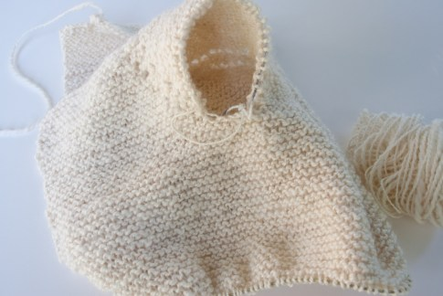 How to knit the sleeve without seams on circular needles