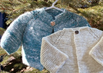 Free knitting patter for Handknit luxury baby sweater