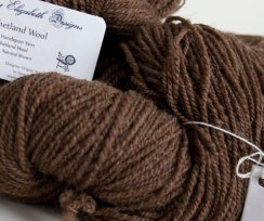 moorit-shetland-handspun-wool-brown-8919