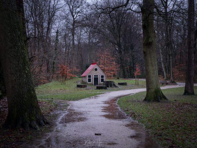 Het kabouterhuisje in het park Velserbeek, dit geeft inspiratie voor een avondfoto