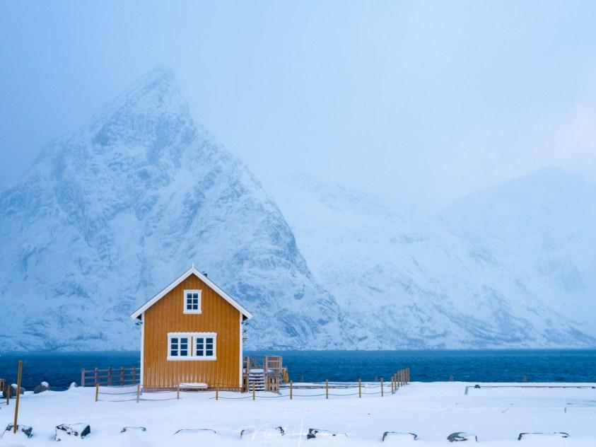 Het gele huis op Sakrisoy