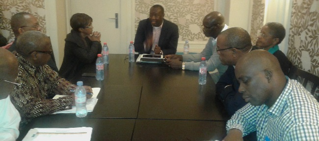 Liberian delegates in brainstorming session